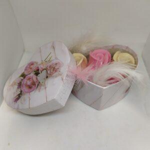 κουτάκι με αρωματικά σαπούνια σχήμα τριαντάφυλλου