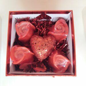 κουτάκι με αρωματικά σαπούνια Τριαντάφυλλου